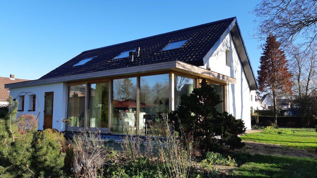 Schilrenovatie en aanbouw vrijstaande woning Oosterhout
